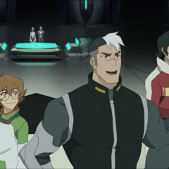 Hunk is self-conscious about his size. Don't worry pal; One size fits all! I mean, look at Zarkon! He's bigger than you and he still squeezed himself into the same uniform that Shiro's butt occupies.
