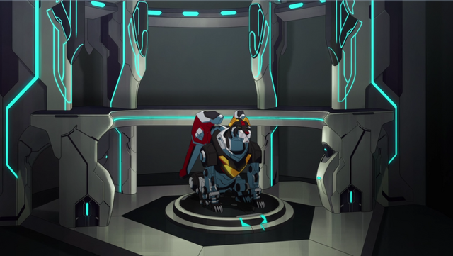 File:S2E07.37. Black Lion in hir hangar.png