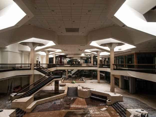 File:Vs map left 4 dead mall in real life.jpg