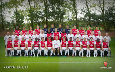 Arsenal-Team-Squad-2011-2012-Wallpapers