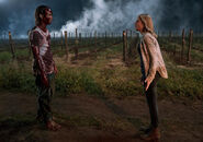 Amcs-fear-the-walking-dead-season-2-episode-7-shiva-madison-and-bloody-nick