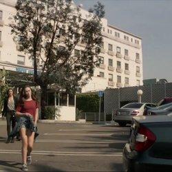 File:Temple Hospital.jpg
