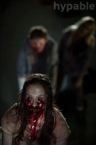 File:The-Walking-Dead-4-Temporada-S04E05-Internment-004.jpg