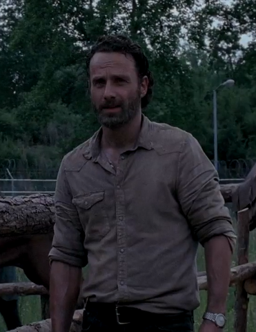 File:S4T Rick looks on.png