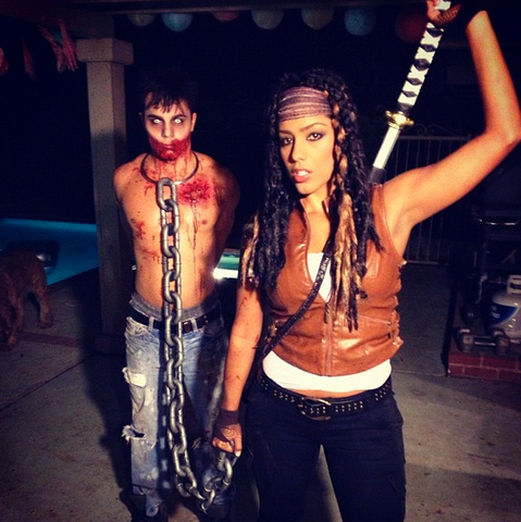 File:Halloween Michonne and Walker.png