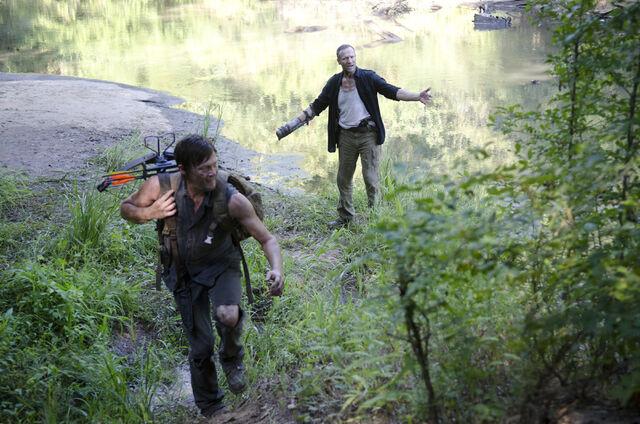 File:Walking-Dead-310-28.jpg