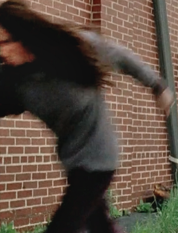 File:Terminus woman blur.png