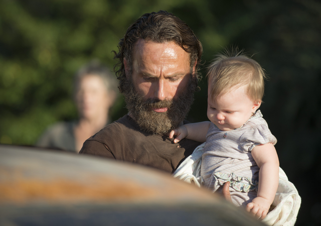 File:AMC 511 Rick Holding Judith.png