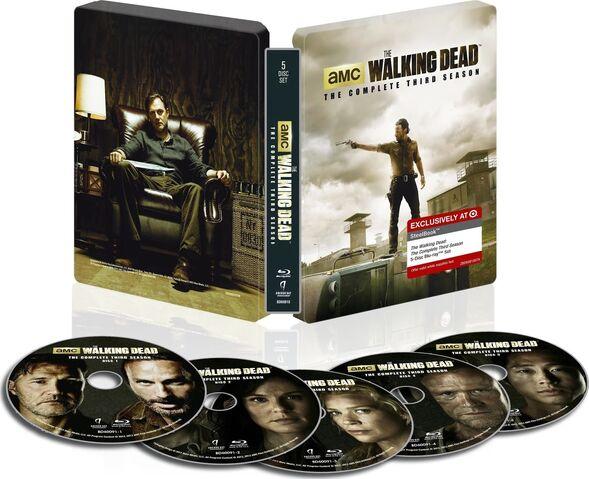 File:THE WALKING DEAD- THE COMPLETE THIRD SEASON Steelbook Blu-ray™ 2.jpg.jpg