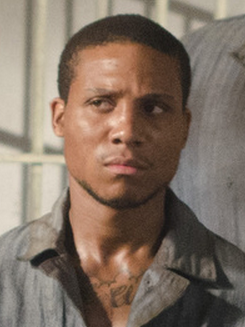 File:Andrew (Serie).png