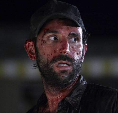 File:500px-The-Walking-Dead-Vatos-Bloody-Jim. Jpg.jpeg