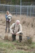 The-walking-dead-hershel-and Beth!