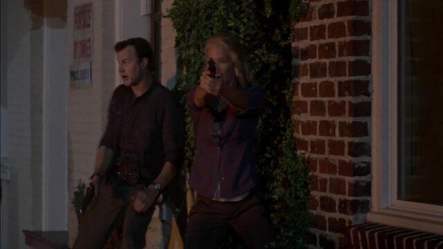 File:The Walking Dead S03E08 1509.jpg