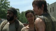Sasha speaks to daryl 408