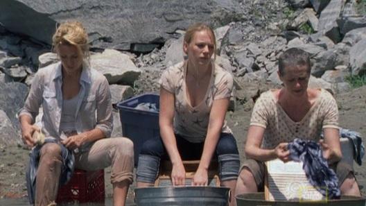 File:Andrea & Amy & Carol TV, 1.jpg