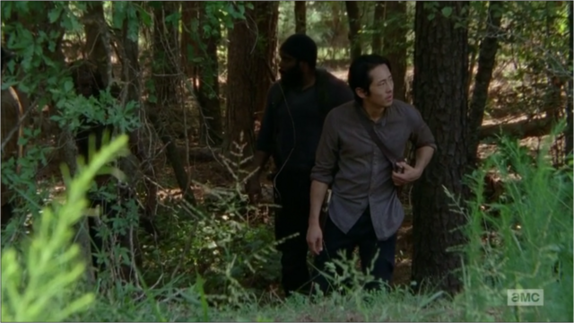 File:5x09 Glenn Looking.png