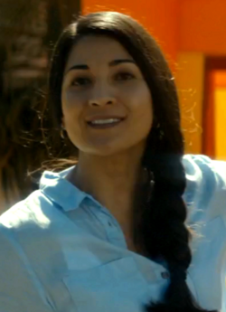 Joanna Cruz 1x2
