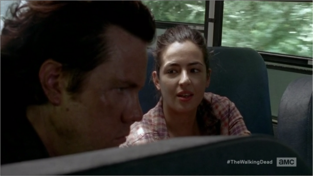 File:5x05 Maybe Rosita Can Give You A Trim.png