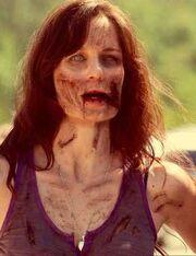 Lori-grmies-as-a-zombie-zombie