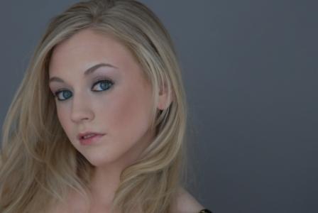File:Emily Exotic look makeup.jpg