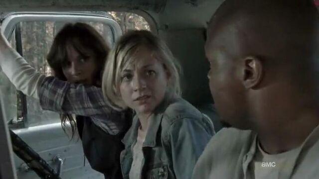 File:Lori Beth and T-Dog in a car.JPG