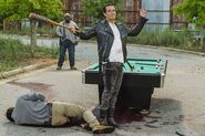 The-walking-dead-episode-708-spencer-nichols-935