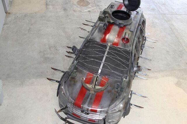 File:2013 Hyundai Santa Fe Zombie Survival Machine 3.jpg