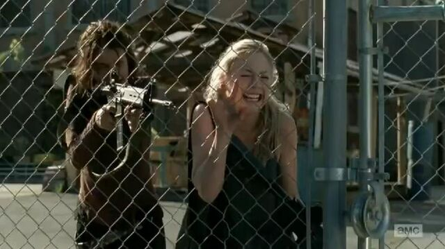 File:Maggie and Beth horrified at Hershel's death.JPG