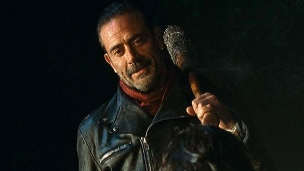 File:The-walking-dead-negan-jeffrey-dean-morgan-last-day-on-earth (1).jpg