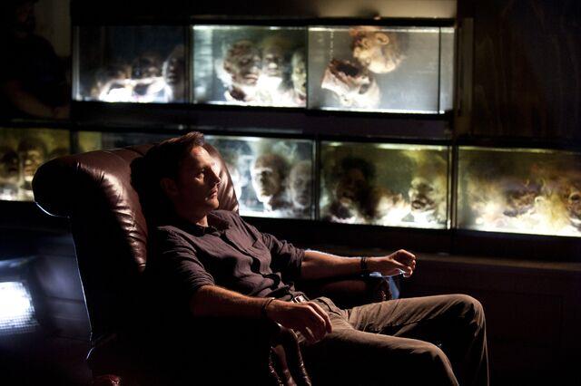 File:Aquarium 3x08.jpg