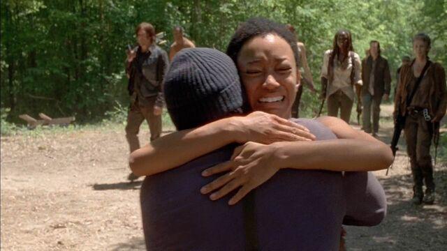 File:Sasha and Tyreese reunite.jpg