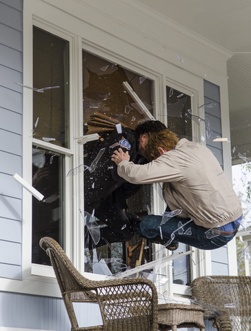 File:AMC 515 Crashing Window.png