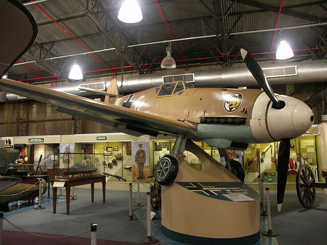 File:Messerschmitt-BF109-F2-001.jpg