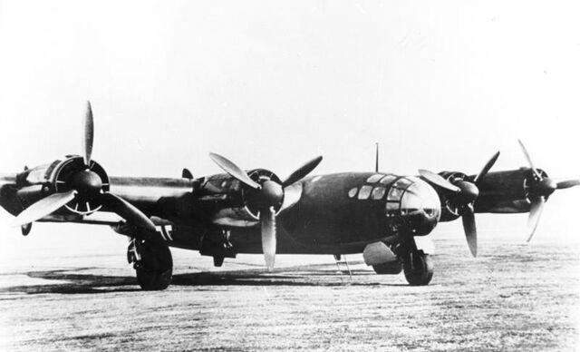 File:Bundesarchiv Bild 146-1989-039-16A, Schwerer Bomber Me 264.jpg