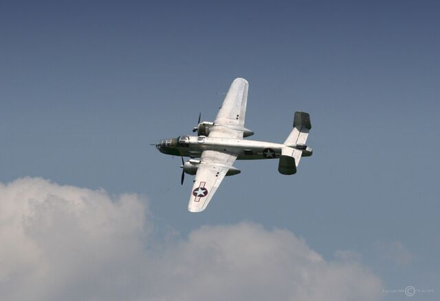 File:B-25 Mitchell airshow.jpg