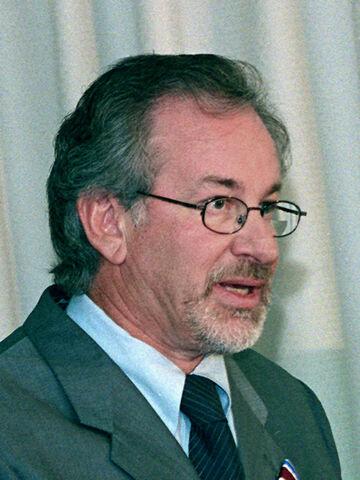 File:Steven Spielberg 1999 3.jpg