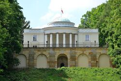 Pałac w Natolinie od strony parku dolnego