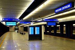 Peron trzeci Dworzec Centralny.JPG