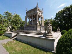 800px-Warsaw Wilanow Potocki mausoleum.jpg