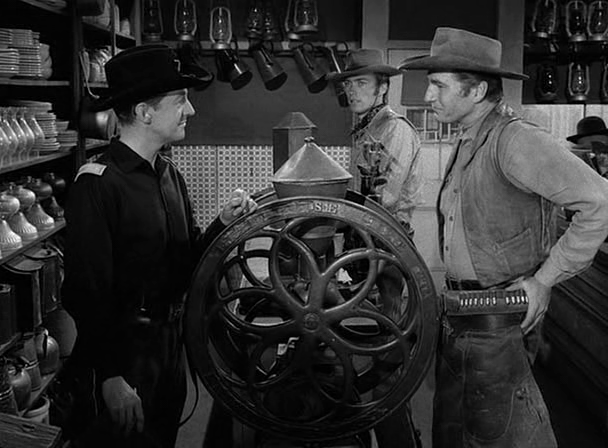 File:Rawhide - Incident of the Running Iron - Image 4.png