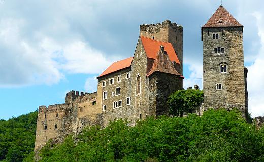 File:Austria-castle.jpg