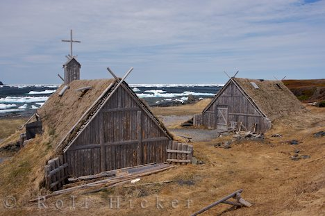 File:Icelandic turf house2.jpg