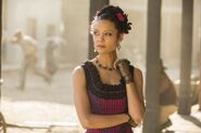 Westworld-episode-8-photo-Maeve-Millay-700x467
