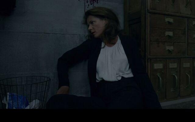 File:Theresa, lying dead.JPG