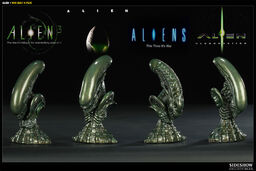 Sideshow Collectibles Aliens