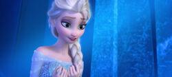 Elsa Smiling2