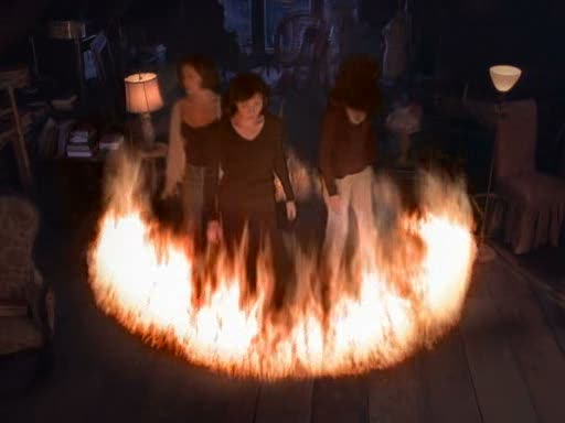 File:Ring of fire around the charmed ones.jpg