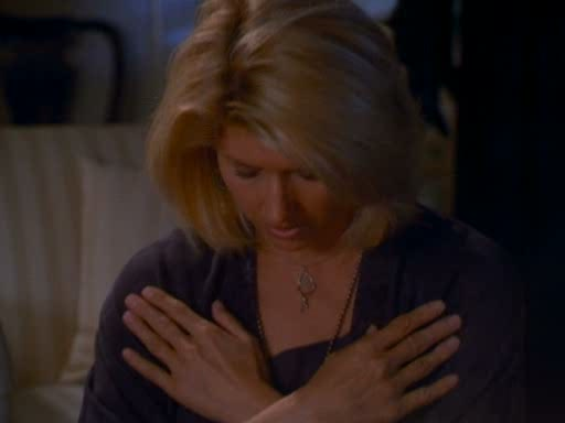 File:Serena casting her protection spell (6).jpg