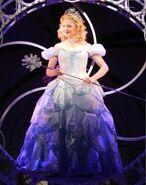 Glinda bubbles and more bubbles