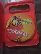 DVD-The-Wiggles-Here-Comes-The- 57 (1)